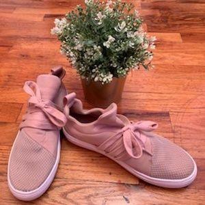 Steve Madden Lancer Sneaker - Blush